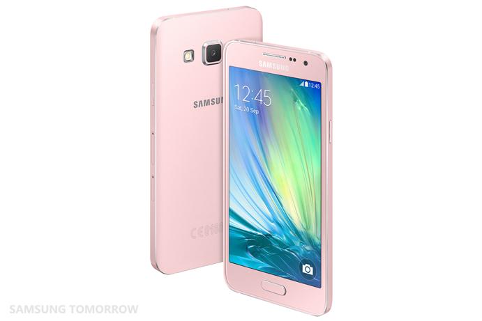 Galaxy A3 Soft Pink -värissä