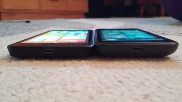 Katselukulmat ovat huomattavasti suuremmat Lumia 630:ssa. Kuvassa näytön kirkkaus kummassakin puhelimessa täysillä. Kirkkautta Lumia 630:n näytössä on hieman enemmän.
