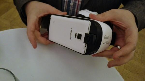 Galaxy Note 4 ja Gear VR