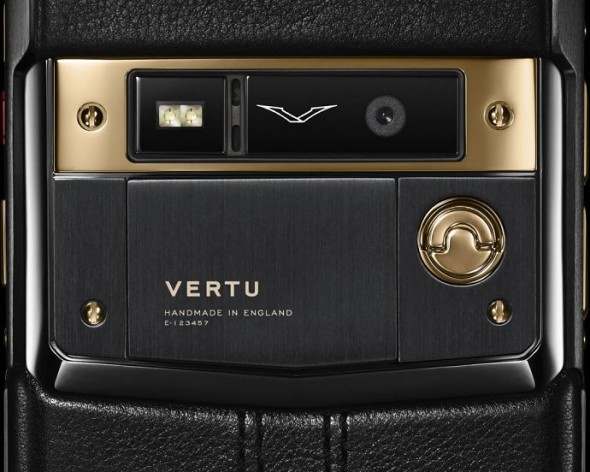 Vertu Signature Touch Red Jet Gold