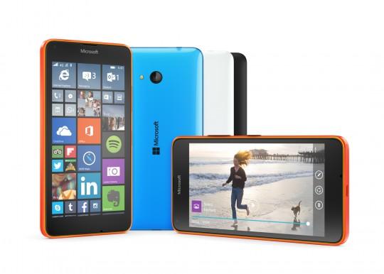 Lumia 640 eri väreissä
