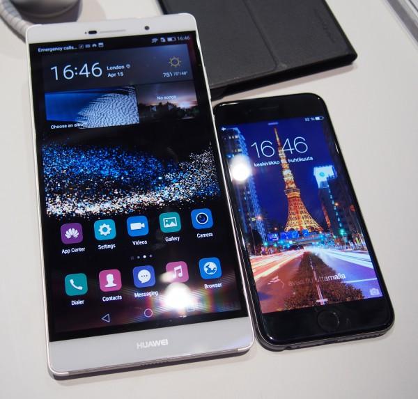 6,8 tuuman P8 max on jättimäinen 4,7 tuuman iPhone 6:n rinnalla