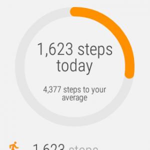 Google Fit kertoo kellossa päivän askelten määrästä