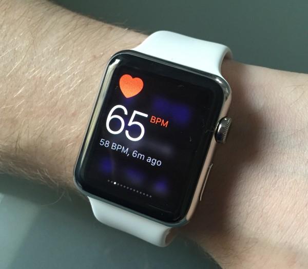 Sykkeen voi mitata Watchilla halutessaan vilkaisunäkymästä