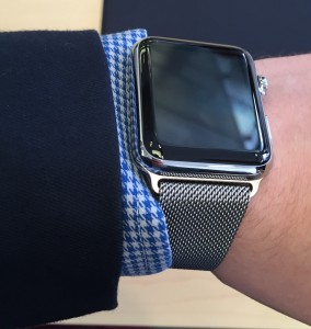 Apple Watch metallisella Milanese Loop -rannekkeella