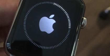 Apple Watch päivittymässä
