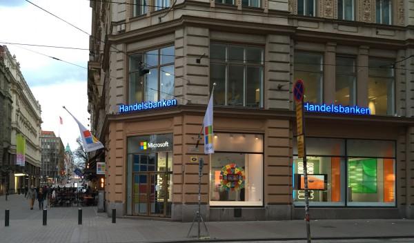 Microsoftin myymälä Aleksanterinkadun varrella