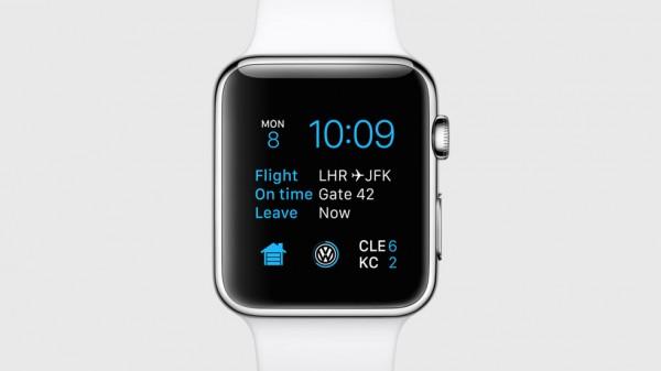 Asennettaviin sovelluksiin on nyt tarjolla myös lisätietoja kellotauluun: tässä lentotiedot, Volkswagenin autosovelluksen kuvake ja urheilutietoja