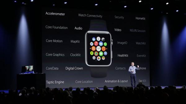 Kehittäjille paljon uusia Watch-mahdollisuuksia, kertoi Kevin Lynch WWDC:n lavalla