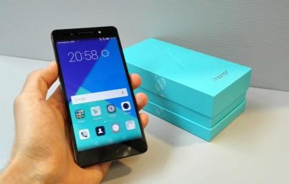 Honor 7:stä tuli suuri hitti Huaweille viime vuonna Suomessakin.