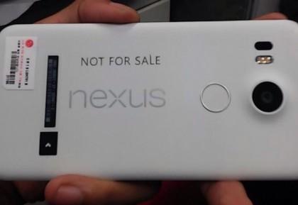 Vuotokuvassa väitetty Nexus 5 (2015)