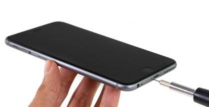 iPhone 6s Plussan purkaminen vaatii erityisen Pentalobe-ruuvimeisselin käyttöä.