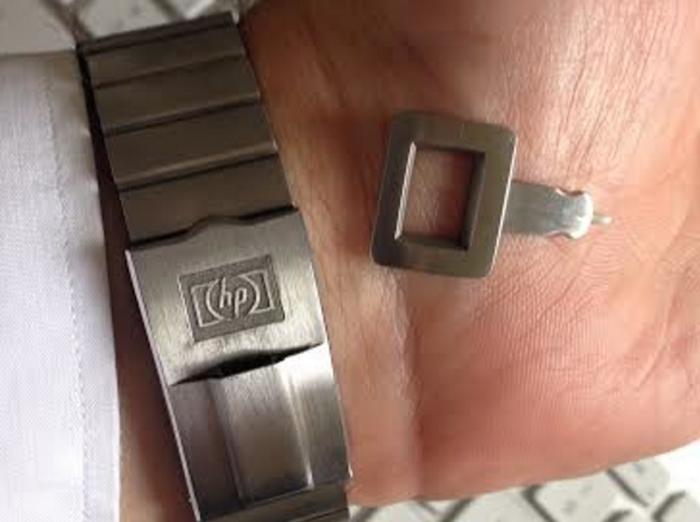 HP-01:n stylus-kynä oli sijoitettu kellon rannekeosaan