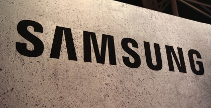 Samsung logo kyltti