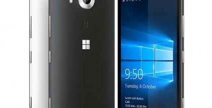 Lumia 950 ja sen sisarmalli Lumia 950 XL ovat toistaiseksi Microsoftin ykköstarjontaa älypuhelimissa. Puhelimet saivat arvioissa ja markkinoilla kylmän vastaanoton.