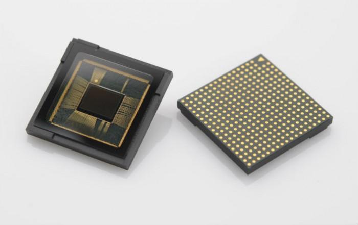 Samsungin 12 megapikselin ISOCELL-kamerakenno.