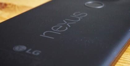 Nexus-puhelimia suositellaan tietoturvamielessä niille nopeasti tarjolle tulevien päivitysten ansiosta. Kuvassa Nexus 5X.