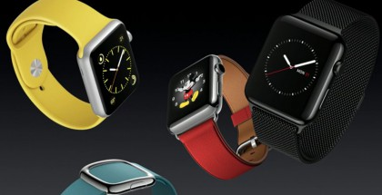Apple Watchin uusia Sport-rannekevärejä sekä musta Milanese Loop.