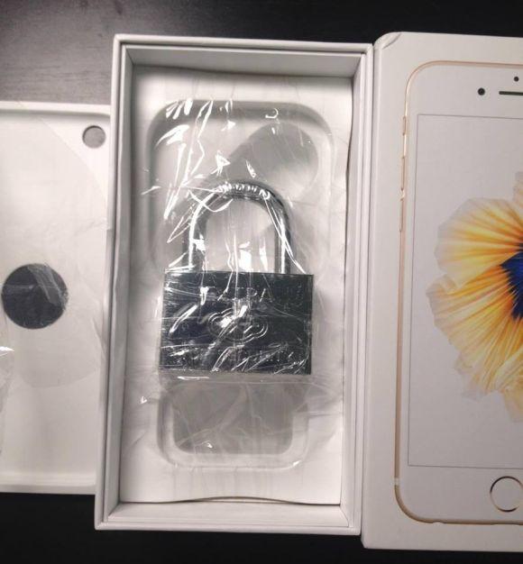 iPhone 6s -pakkauksen sisältöjen ei kuulu näyttää tältä.