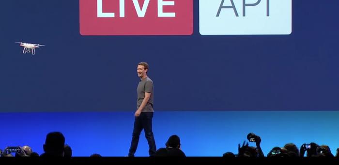 DJI:n drone lavalla Zuckerbergin kanssa lähettämässä live-videota Facebookiin.
