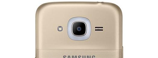 Smart Glow -ilmoitusvalo kiertää takakameraa.
