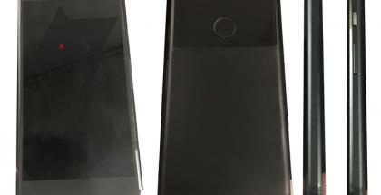 Googlen ja HTC:n kehittämä Sailfish-koodinimellinen puhelin.