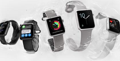 Apple Watch Series 2 kestää vettä 50 metrin syvyyteen asti.