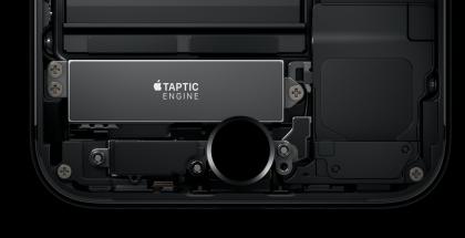 Uusi kosketuksen tunnistava kotinäppäin toimii yhteistyössä Taptic Engine -värinämoottorin kanssa.
