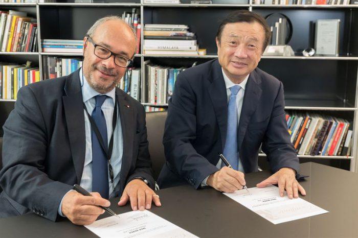 Andreas Kaufmann (Leica) ja Ren Zhengfei (Huawei).
