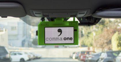 Aiemmin kehitetty Comma One integroitui auton taustapeiliin ja luottaa toiminnassaan pääosin sisältämänsä kameran tarjoamaan tietoon.
