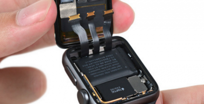 Apple Watch Series 2:n sisältä löytyy aiempaa suurempi akku ja värinämoottori.