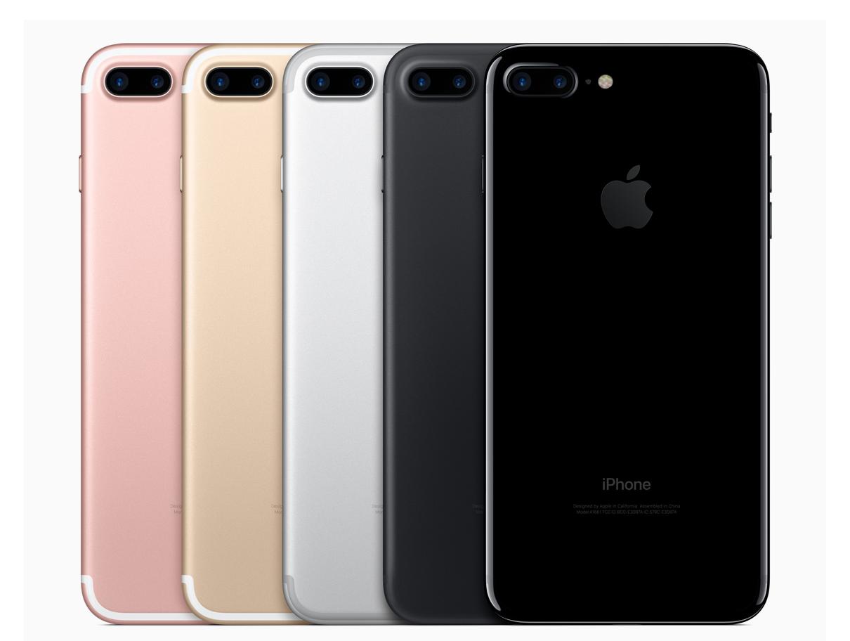 iPhone 7 Plus eri väreissä. Heikoin saatavuus on alusta asti alkaen ollut uudella peilimustalla.
