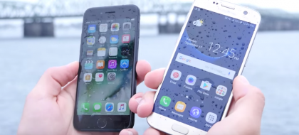iPhone 7 ja Galaxy S7 ottavat toisistaan mittaa veteen upotuksessa.