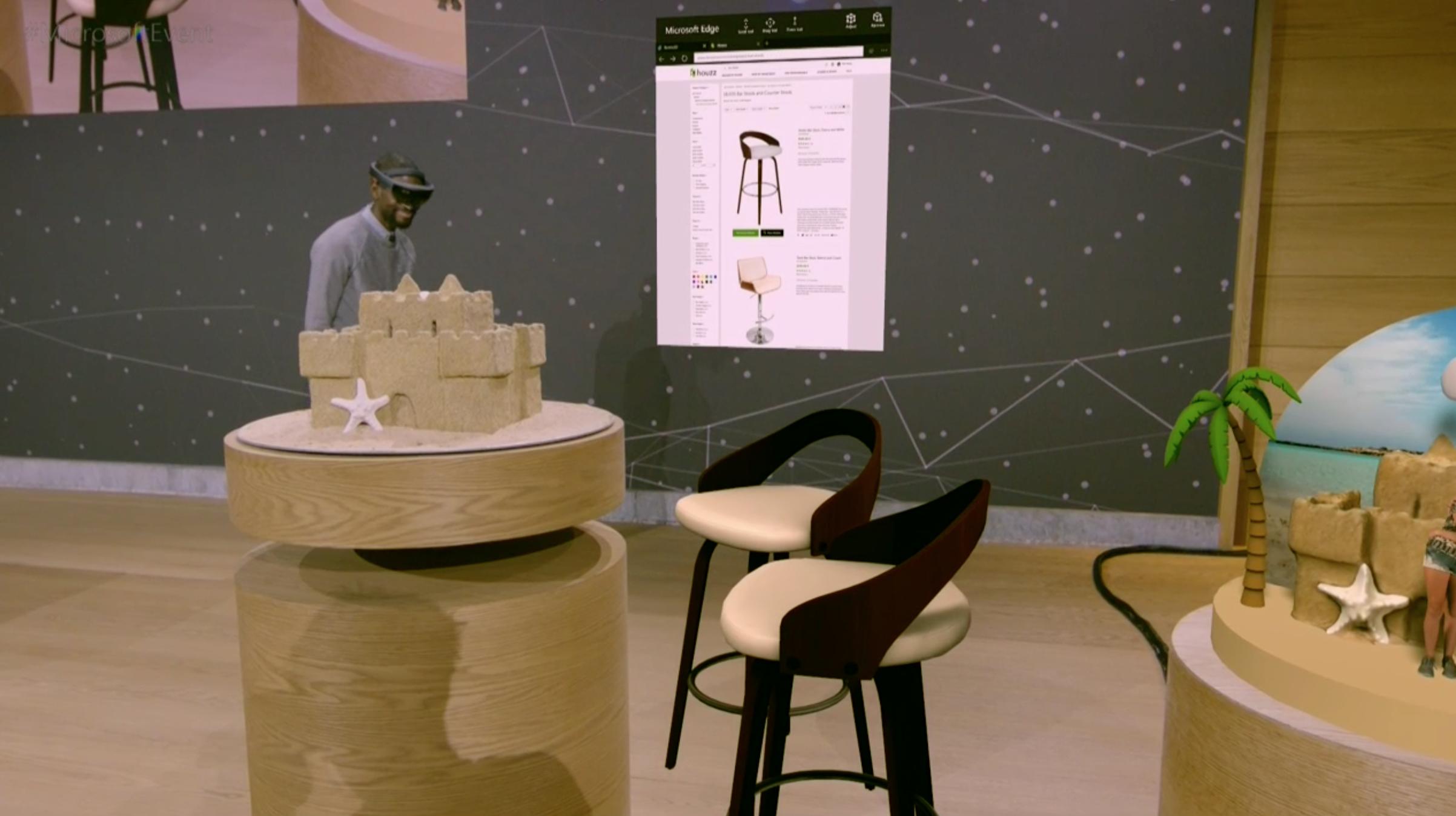 Tuolit ja oikean reunan hiekkalinna ovat virtuaalisia luomuksia todellisessa ympäristössä, kiitos HoloLensin.