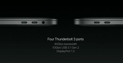 Liitännät 13 ja 15 tuuman MacBook Pro -koneissa Touch Barilla. Perusversiossa ilman Touch Baria USB-C-portteja on vain kaksi.
