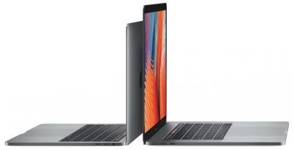 13 ja 15 tuuman nykyiset MacBook Prot Touch Barilla varustettuna.