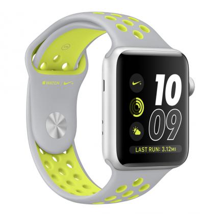 Watch Nike+:n kellotauluissa on oikotie Nike Run Club -sovellukseen. Nike-kellotauluja ei saa muihin Watcheihin.