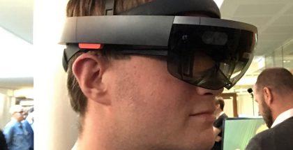 Microsoft HoloLens -lasit.