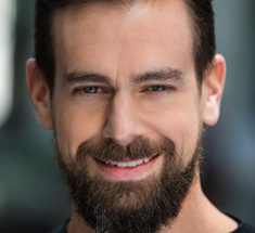 Jack Dorsey toimii Twitterin toimitusjohtajana.