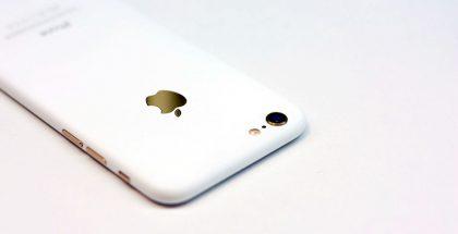 Tässä kuvassa EI OLE vuotanut kuva uudesta iPhone-värivaihtoehdosta, vaan jälkikäteen väriltään yksilöllisesti kustomoitu iPhone 7.