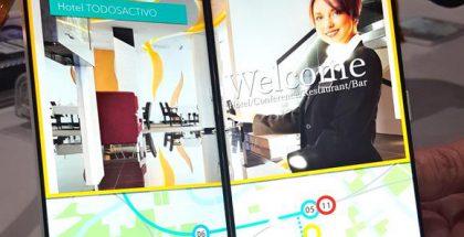 Japan Displayn esittelemä kirjan tavoin avautuva älypuhelinnäyttöratkaisu.