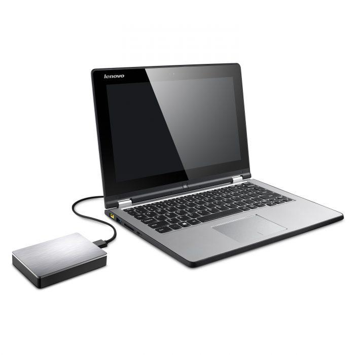 Seagate Backup Plus Portable 5TB:tä voi käyttää vaikkapa kannettavan varmasti riittävän kokoisena varmuuskopiovarastona.