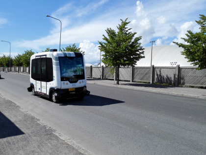 Sohjoa-hankkeen bussi.
