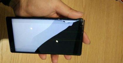Pudotuksesta hajonnut Xiaomi Mi Mix.