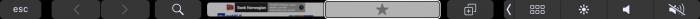 Touch Bar Safarissa. Esimerkiksi mahdollisuus vaihtaa välilehteä tai avata uusi.