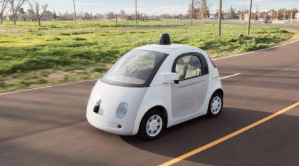 Googlen testaama auto.