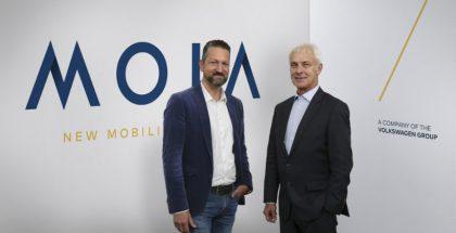 Moian toimitusjohtaja Ole Harms ja Volkswagen Groupin toimitusjohtaja Matthias Müller.
