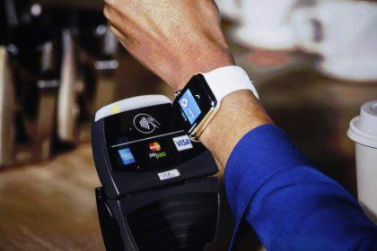 Apple Pay -maksujen tuki toisi Watchille uuden jokapäiväisen käyttötarkoituksen.