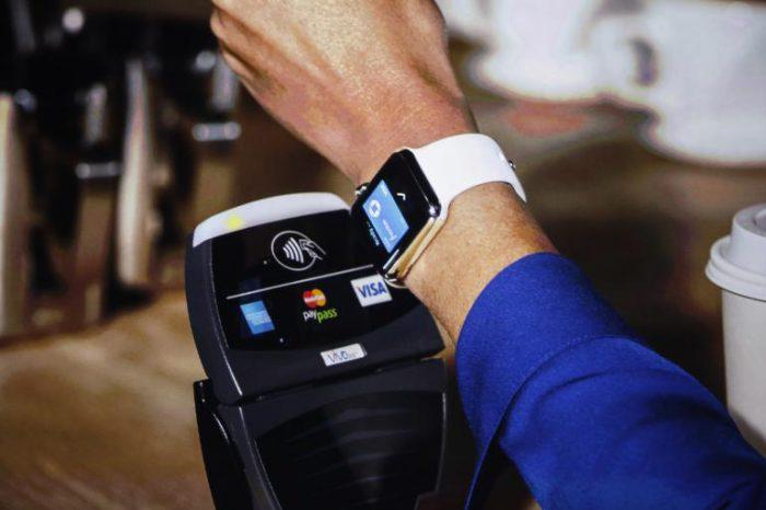 Apple Pay tekee myös Apple Watchista lähimaksuvälineen.