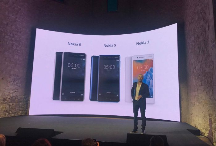 Uusien Nokia-puhelinten esittelyn hoiti nyt haastattelemamme Juho Sarvikas.